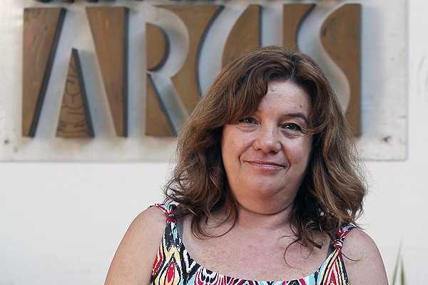 Con un anuncio en facebook la rectora de la Universidad Arcis busca nuevos docentes para la institución