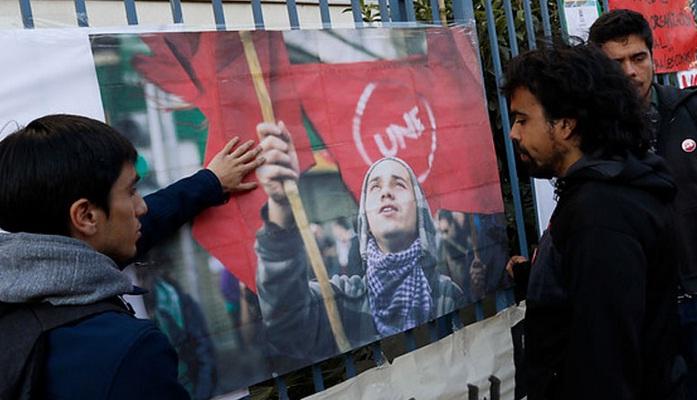 Revive las dos marchas que exigieron justicia para Rodrigo Avilés en Santiago