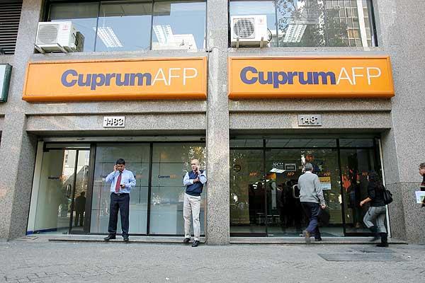 La doble estafa de las AFPs: miserables pensiones y fraude al fisco