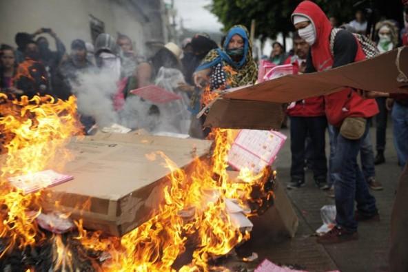 México: Culminan elecciones en jornada marcada por protestas