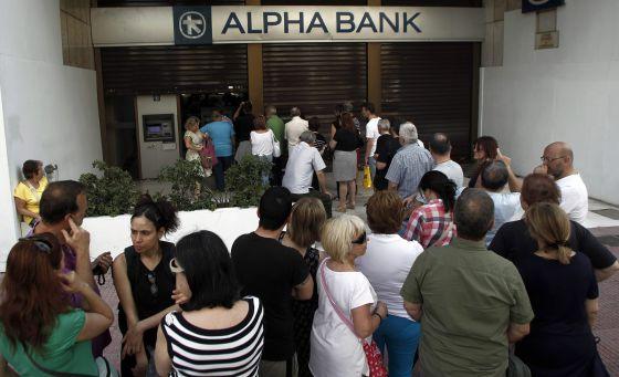 Tsipras confirma control de capitales: Los bancos de Grecia cerrarán «al menos» este lunes