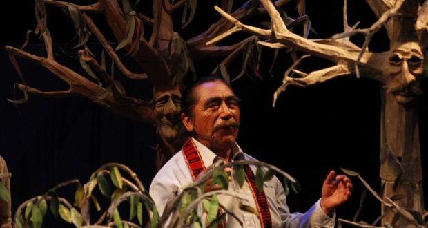 Lorenzo Aillapán, el Hombre Pájaro Mapuche, protagoniza obra sobre la desforestación del bosque nativo