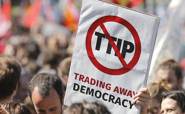 Acuerdo de libre comercio entre UE y EEUU se estanca y podría perderse