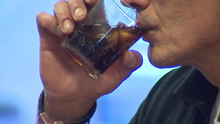 Esto es lo que le pasa a tu cuerpo cuando dejas de tomar bebidas diet