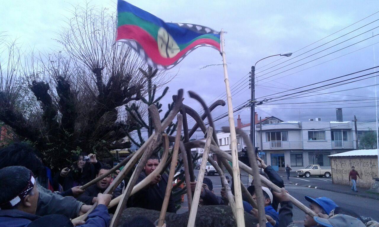 Masivo rechazo a la criminalización de comuneros Mapuche en Curacautín
