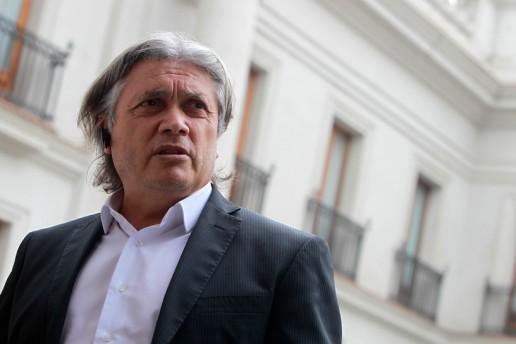 Alejandro Navarro:  No hay ninguna prueba que demuestre que la calidad de atención haya mejorado con el EUNACOM