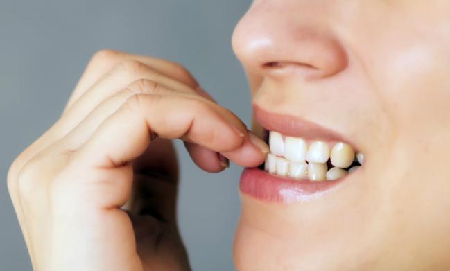 ¿Quieres dejar de morderte las uñas? ¡Prueba estos remedios naturales!
