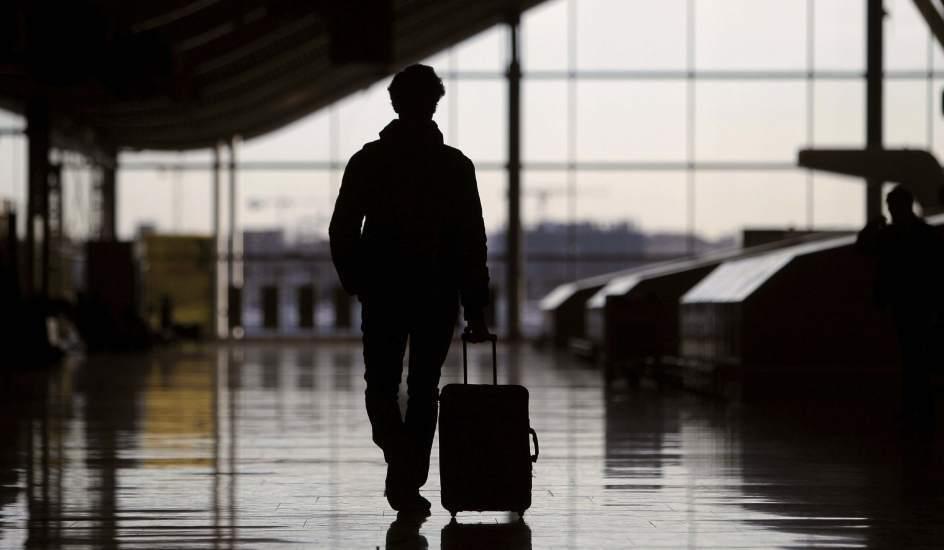 Paro aeropuerto: Sernac informó que pasajeros pueden pedir devolución de dinero