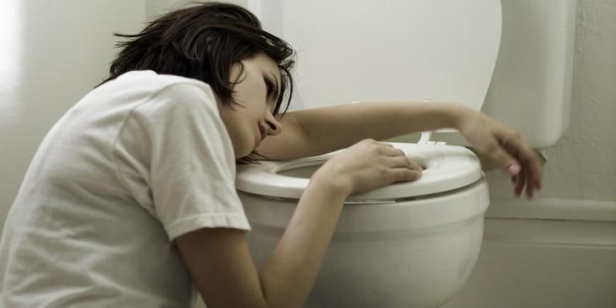como tratar el vomito en los niños