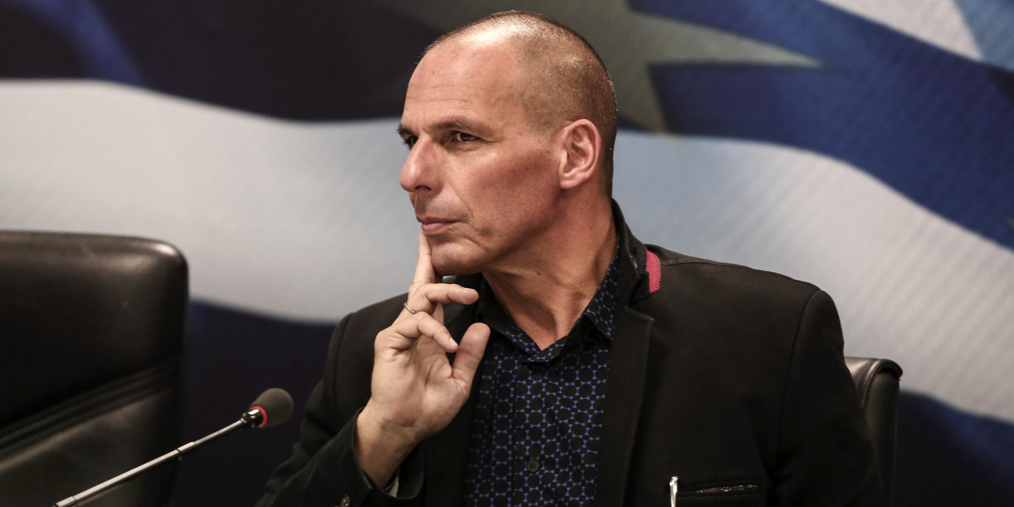 Varufakis acusa a Syriza de traicionar al pueblo griego y se desmarca de Tsipras