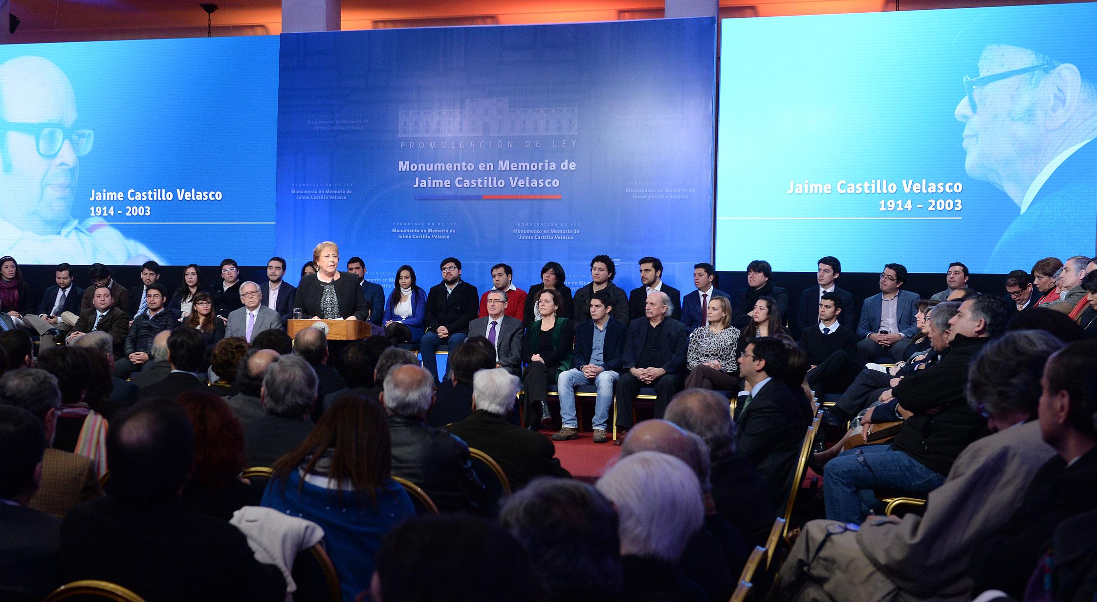 Bachelet llama a la unidad de Nueva Mayoría con miras al cónclave