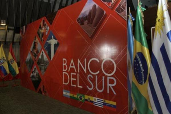 Abogan desde Ecuador por puesta en marcha del Banco del Sur
