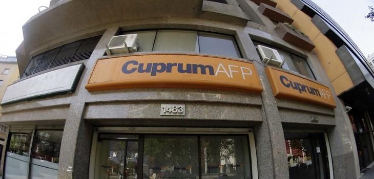 Fiscalía y comisión de la Cámara investigan sospechosa fusión de las AFPs Cuprum-Argentum