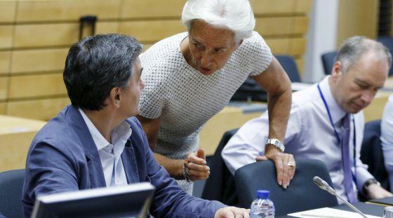 El Eurogrupo pide a Grecia más medidas y reformas inmediatas