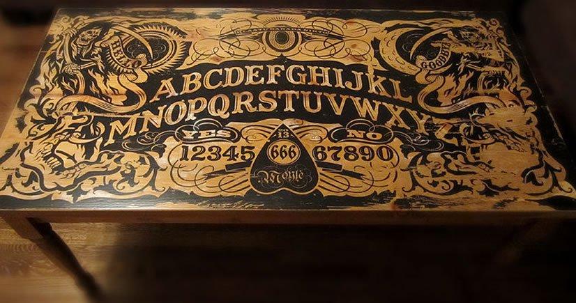 Simpatía por el Diablo: la tabla ouija en el imaginario colectivo