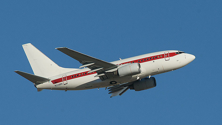 Gobierno de EE.UU. tiene una aerolínea secreta que realiza vuelos al Área 51