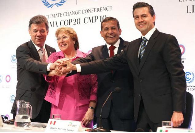 Gobernantes de Chile, Perú, México y Colombia pasan por alto al medio ambiente en Cumbre del Pacífico