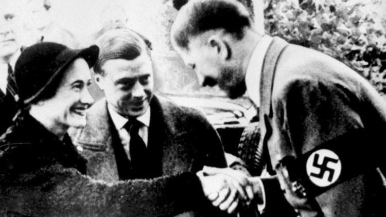 «Los vínculos de la familia real británica con Hitler pasaron por la España de Franco»