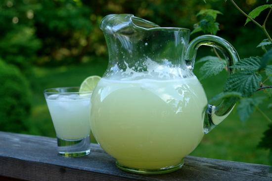 Prepara tus propias bebidas isotónicas