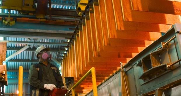 El derrumbe de la cotización del cobre y el movimiento de los trabajadores del mineral