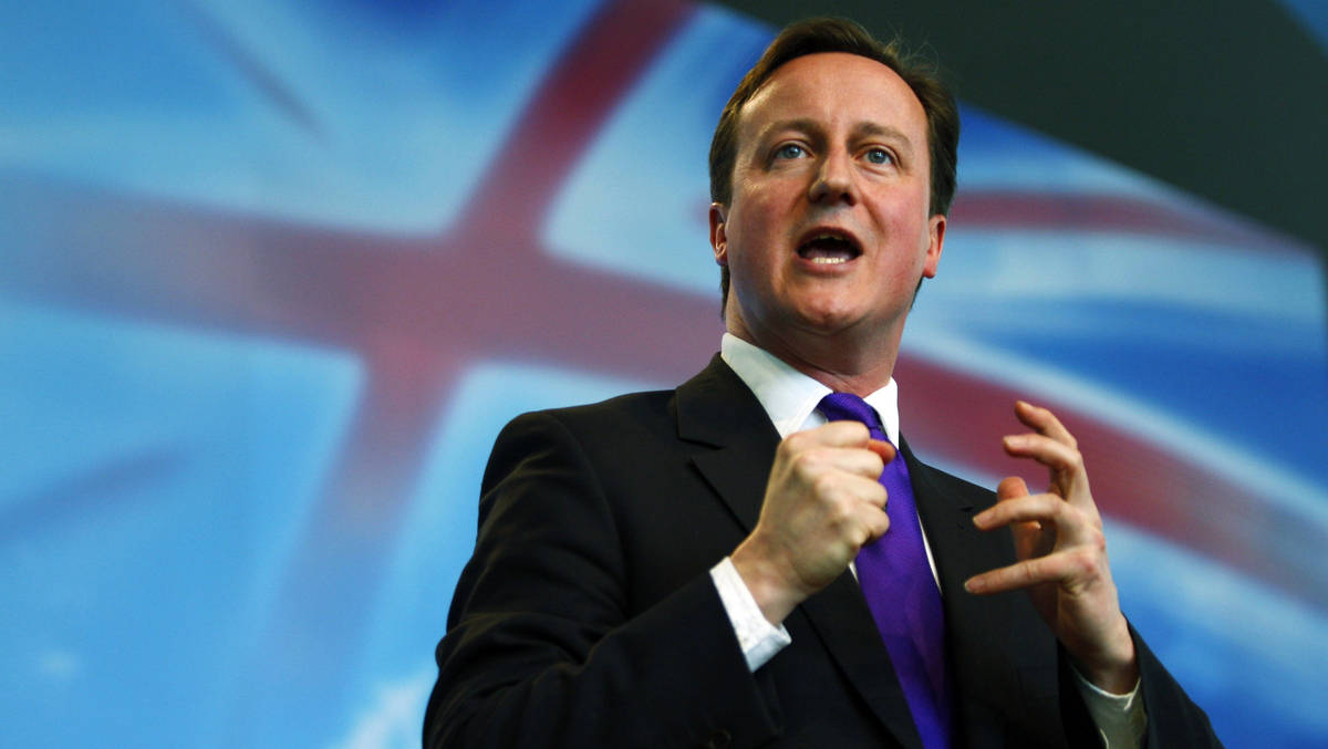 """Cameron califica como una """"plaga"""" a los inmigrantes que buscan entrar al Reino Unido"""