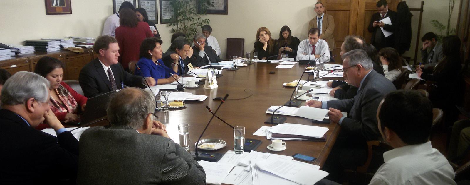 Comisión de Recursos Hídricos termina con el privilegio de las «aguas del minero»