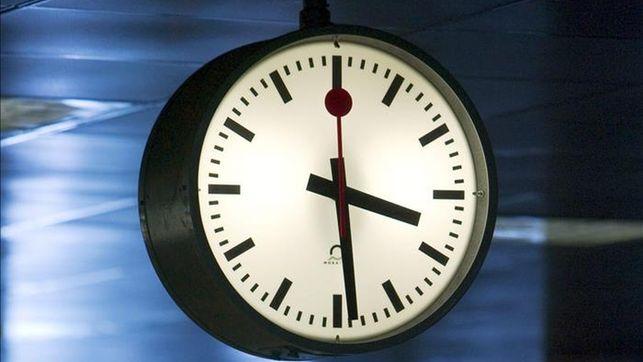 Corea del Norte retrasa el reloj 30 minutos para fijar su propia hora oficial
