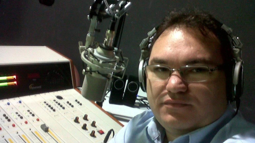 Brasil: Asesinan a un periodista durante la emisión en vivo de su programa