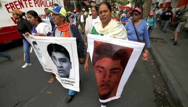 Ayotzinapa: 11 meses sin respuesta