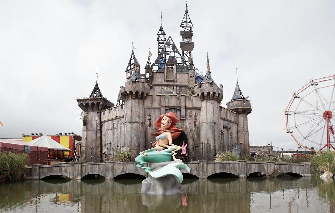 Dismaland: la retorcida versión de Disneyland según Bansky
