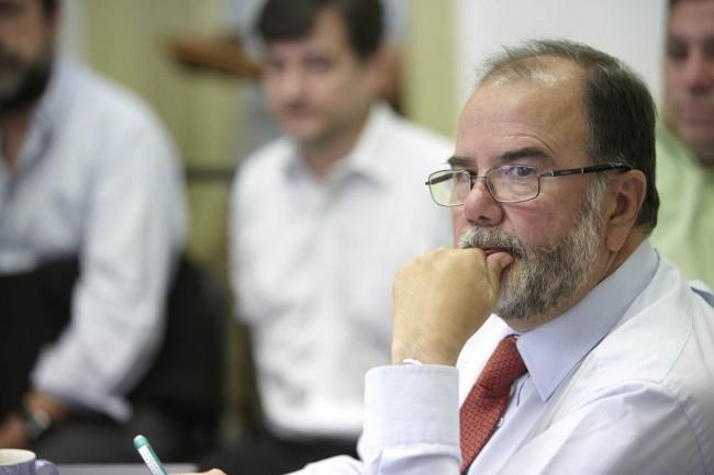 Director Sustentabilidad U. Mayor por dichos de Rodríguez: «Busca no perder el respaldo de sectores empresariales que tenía el ministro anterior»