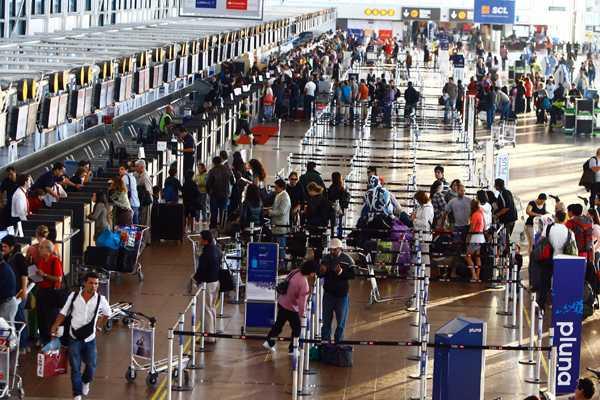 Paro de aeropuertos: Todo lo que debes saber sobre la movilización