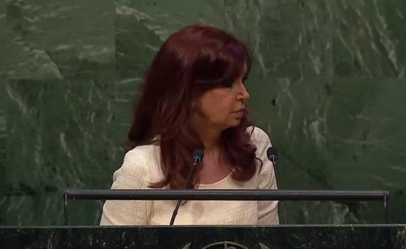 """CFK """"es una ayuda para el resto del mundo"""""""