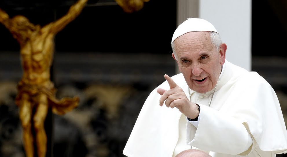 #NoalPapaenChile: Rechazo tuitero a visita de Francisco a nuestro país