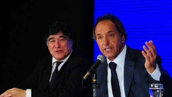 Ecuador ratifica apoyo a candidato argentino Daniel Scioli