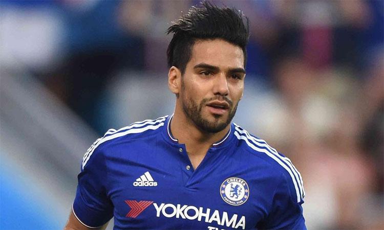 Luego del fracaso en Manchester, a Falcao tampoco lo quieren en Chelsea