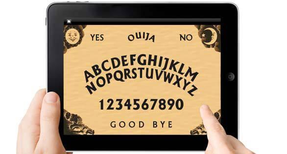 Estaba jugando a la Ouija con una aplicación de su móvil – Todavía nadie puede explicar lo que pasó