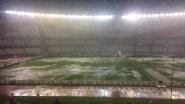 Argentina-Brasil suspendido por lluvias