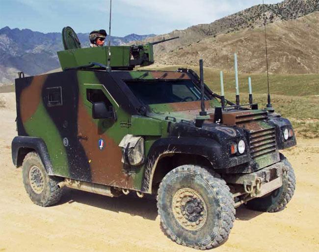 Los terroríficos blindados franceses que soportan una ametralladora de 12 mm y que pretenden traer paz en tierras mapuche