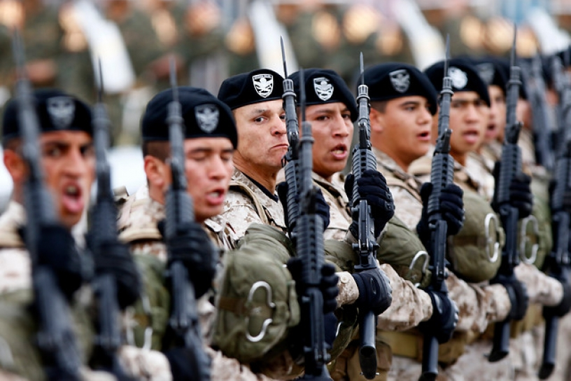 Militares (R) organizan su ofensiva: «Queremos recuperar el Estado de Derecho en Chile»