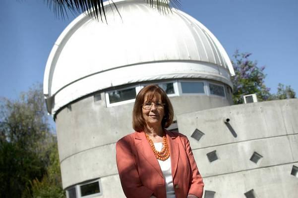 """María Teresa Ruiz, astrónoma: """"Los científicos jóvenes tienen que estar empujando los límites del conocimiento"""""""