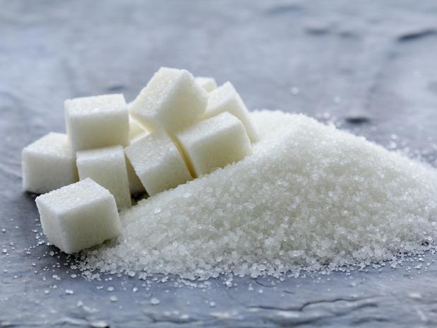 Si pones sal y azúcar debajo de tu lengua antes de dormir, ni te imaginas lo que pasará