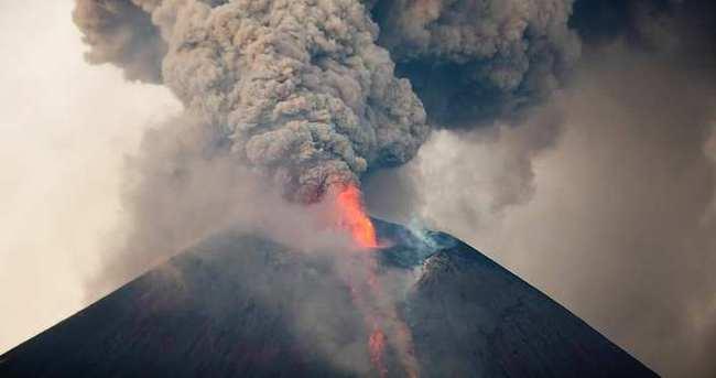 Volcán nicaragüense hace erupción luego de 110 años de inactividad