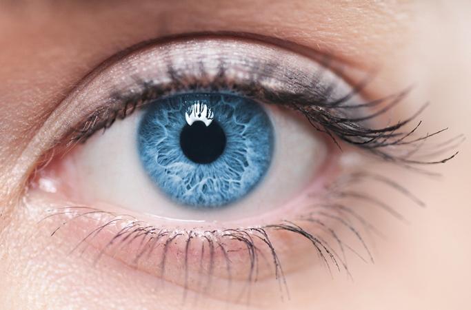 Todas las personas de ojos azules tienen en común algo muy particular