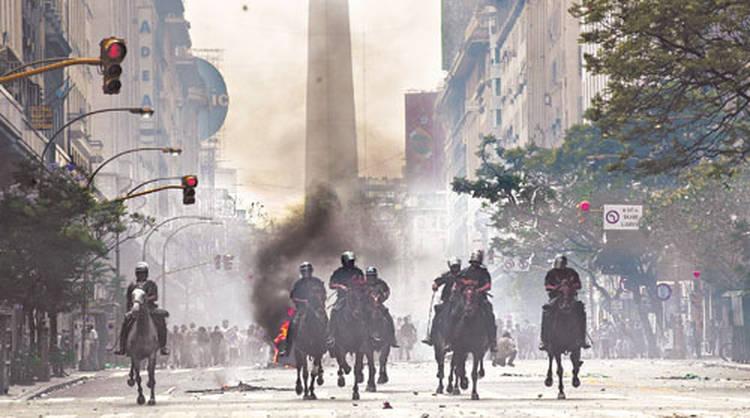 Se conocerán en Marzo los veredictos por la brutal represión del 2001 en Argentina