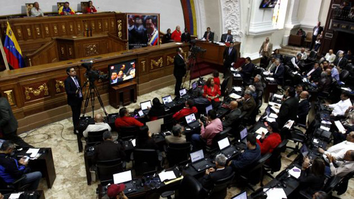 Oposición venezolana se acuartela en nueva Asamblea Nacional