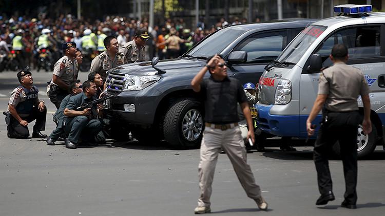 Indonesia: siete muertos y más de 20 heridos por atentado de Estado Islámico