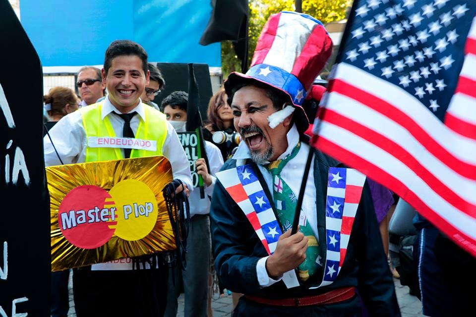 #NOalTPP: Cientos de personas marchan contra el Tratado Transpacífico