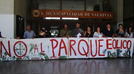 Proyecto Parque Eólico Pililín: Comunidades mapuche y concejales exigen rápido pronunciamiento de alcalde