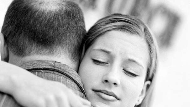 Lee aquí la emotiva carta que le dedicó un padre a su hija lesbiana